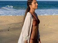 e649a480da5 Patricia Poeta une kimono de franjas e biquíni ao curtir praia do Caribe.  Fotos!