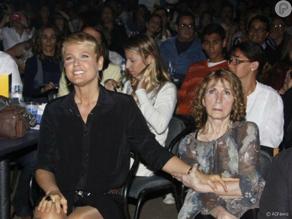 Xuxa recordou a mãe, dona Alda, neste sábado, 26 de janeiro de 2019, quando a matriarca completaria 82 anos: 'Saudades do teu cheiro'