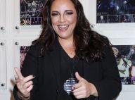De coxia, Ana Carolina acompanha show da ex-namorada Chiara Civello. Veja foto!