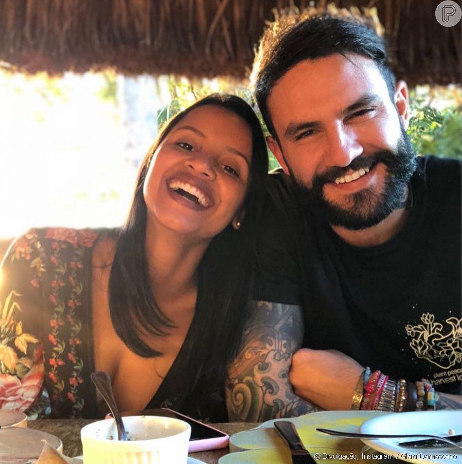 Ex-BBBs Gleici Damasceno e Wagner Santiago terminaram o namoro após quase um ano de romance