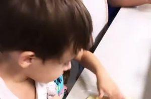Mão na massa! Simaria tem apoio dos filhos na cozinha: 'Vamos fazer biscoito'