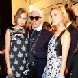 O icônico designer da grife Chanel, Karl Lagerfeld, morreu aos 85 anos em Paris, n esta terça-feira (19)
