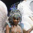 Erika Januza desfilou como musa da Vai-Vai ao estrear no carnaval de São Paulo