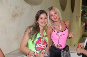 Platinada! Bruna Marquezine curte Carnaval de Salvador com peruca loira