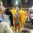 Grazi Massafera grava novela da Globo na Sapucaí durante desfile da Imperatriz Leopoldinense