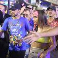 Neymar chegou acompanhado da cantora Anitta em Carnaval do Rio