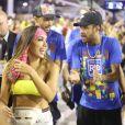 Anitta chegou com o grupo de Neymar, que contou ainda com o jogador Nenê e Gabriel Medina