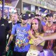 Neymar e Anitta foram flargados juntos e informação chegou à Bruna Marquezine