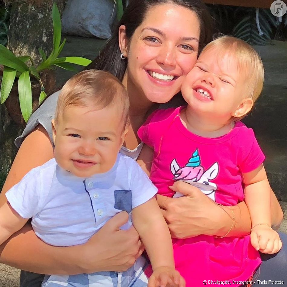 Thais Fersoza mostrou os filhos, Melinda e Teodoro, com look da mesma estampa nesta sexta-feira, 8 de março de 2019