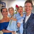 Casada com Michel Teló, Thais Fersoza tem se  dedicado integralmente ao papel de mãe
