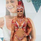 Viviane Araújo chega radiante para desfile das campeãs: 'Voar novamente'