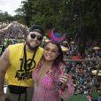 Marido de Preta Gil, Rodrigo Godoy prestigiou cantora em bloco de Carnaval