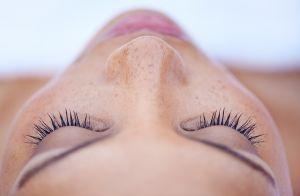 'Ácido retinoico é o melhor amigo da mulher', diz dermatologista. Entenda