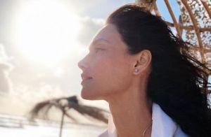Débora Nascimento pondera sobre escolhas após rumor de reconciliação com Loreto