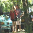 Isabelle Drummond grava 'Verão 90' com Rafael Vitti em Ipanema