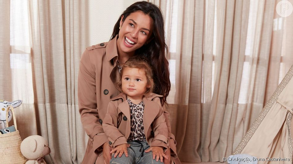 Yanna Lavigne e a filha, Madalena, combinaram look da Amaro em ensaio do Dia das Mães