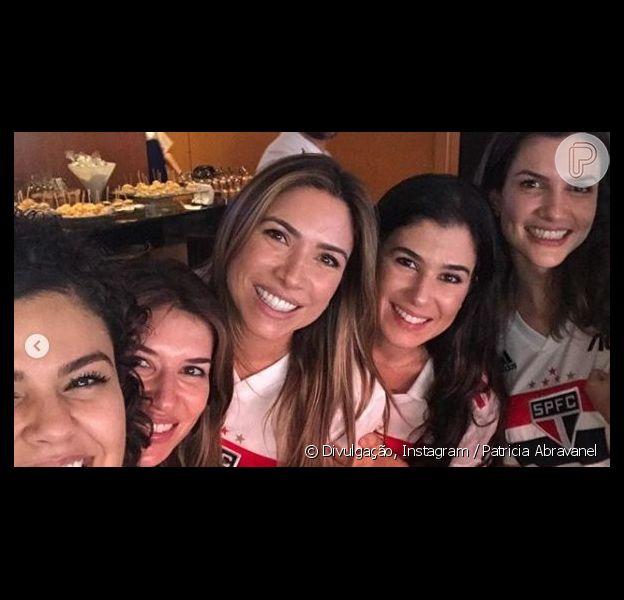 Patricia Abravanel vai ao Morumbi com Rebeca e a família na estreia de Alexandre Pato pelo São Paulo, em 27 de abril de 2019