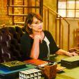 Ruth (Myrian Rios) fica preocupada com a repercussão do vídeo na internet na novela 'As Aventuras de Poliana'