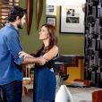 Débora (Lisandra Parede) se humilha para ficar com Marcelo (Murilo Cezar) na novela 'As Aventuras de Poliana'