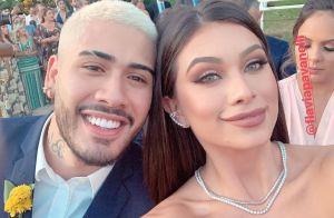 Kevinho e Flávia Pavanelli voltam a se seguir na web após beijos em casamento