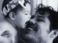 José Loreto ganha beijo da filha, Bella: 'Cadê o bico do neném?'. Vídeo!