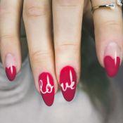 Nail art romântica: unhas com cores e formatos para apostar no Dia dos Namorados