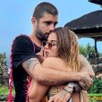 Pedro Scooby e Anitta assumiram namoro durante viagem do casal para a Indonésia