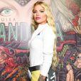 Luísa Sonza apostou em look com pegada sporty para lançar seu primeiro álbum