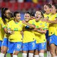 Marta ganhou elogios nas redes sociais por seu desempenho no jogo do Brasil contra a Itália: 'Rainha' e 'Ícone' foram alguns deles