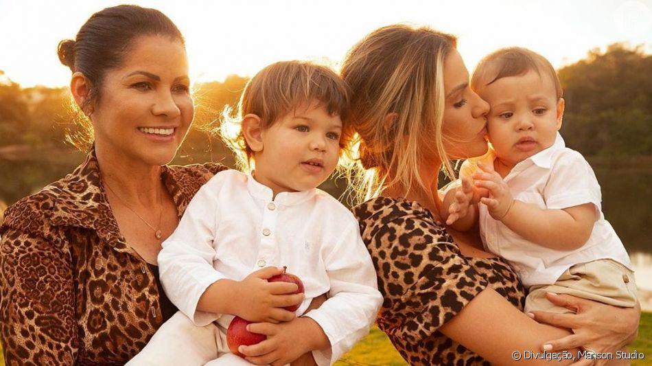 Andressa Suita, após viagem, agradeceu a mãe por cuidar dos seus filhos nesta quarta-feira, 26 de junho de 2019