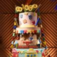 Detalhe do bolo de aniversário da cantora Márcia Fellipe