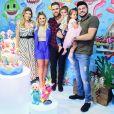Zé Neto e a mulher,  Natália Toscano, receberam Cristiano e  Paula Vaccari no aniversário do filho