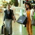 Giovanna Antonelli faz várias compras em lojas de luxo em shoppingo no Rio de Janeiro, nesta terça-feira, dia 30 de julho de 2019