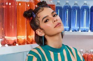 Baby hair estilizado e vestido ecológico: look divertido de Marquezine em fotos