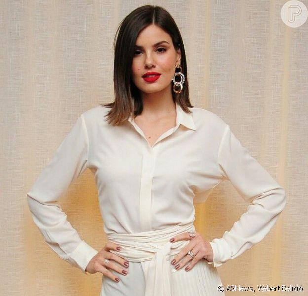 Inspire-se no look all white de Camila Queiroz na festa da GQ Brasil!