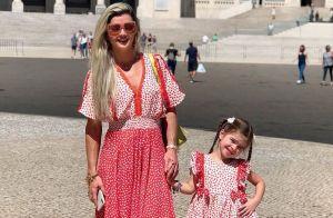 Sintonia fashion! Mirella Santos e a filha, Valentina, combinam estampa em look