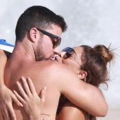 Juliana Paes troca beijos com o marido em praia com os filhos. Veja fotos!