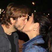 Adriana Esteves e Vladimir Brichta jantam com amigos após curtirem show. Fotos!
