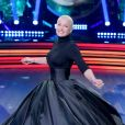 Xuxa Meneghel também tem espaço para looks monocromáticos, como este all black usado por ela no 'Dancing Brasil'