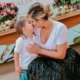 Mulher de Zé Neto, da dupla com Cristiano, recebeu o filho em  chá de lingerie neste domingo, 22 de setembro de 2019