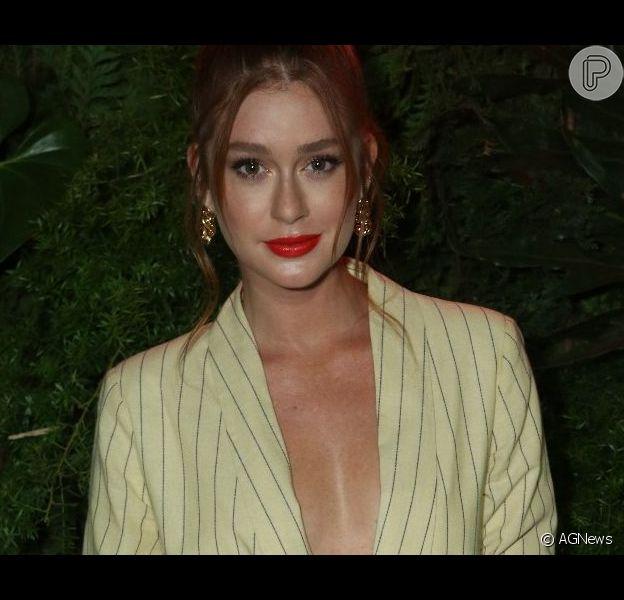 Marina Ruy Barbosa renova corte de cabelo: 'Aparar a juba'