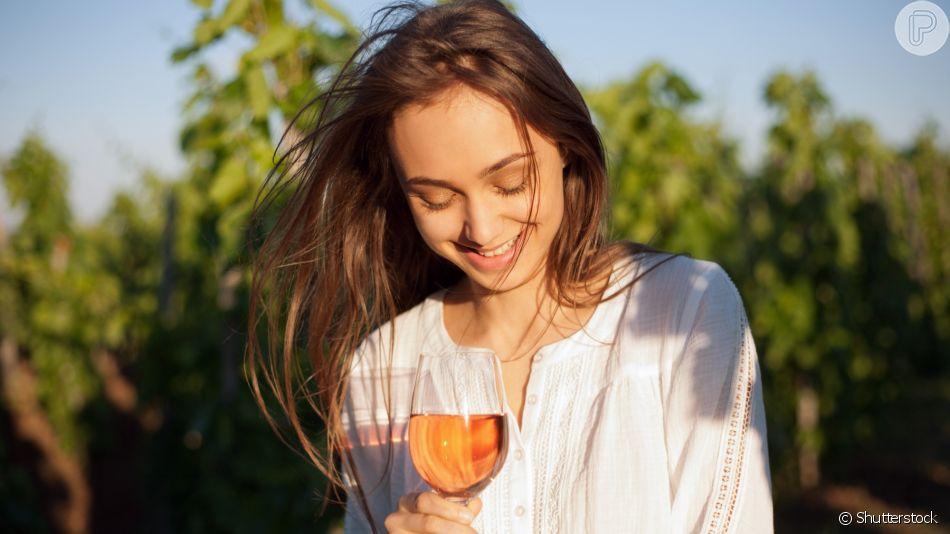 Dieta X Álcool: saiba o porquê de bebidas alcoólicas atrapalharem o processo de emagrecimento