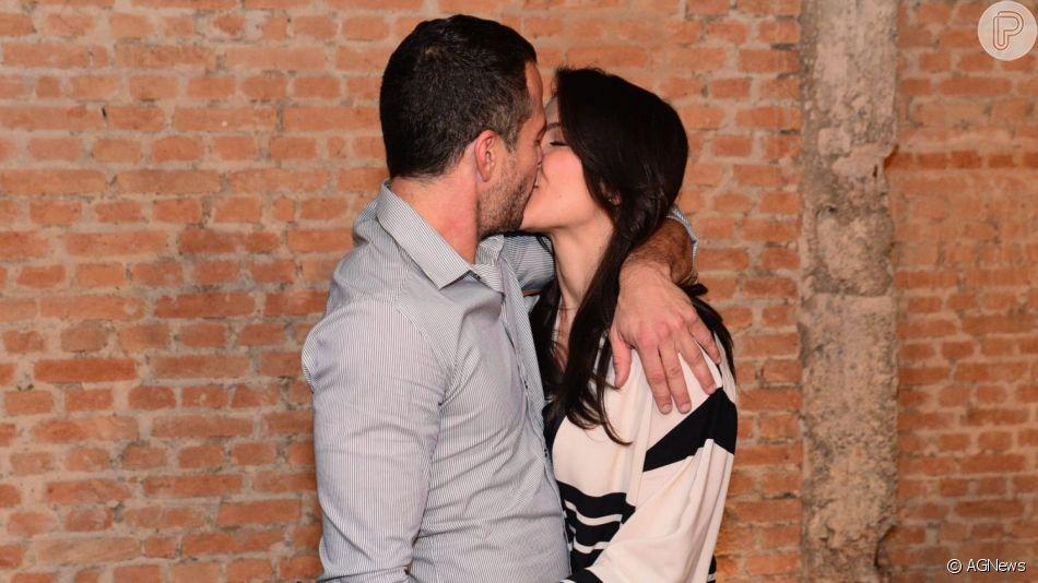 Malvino Salvador e Kyra Gracie se casaram em Fernando de Noronha neste sábado, 12 de outubro de 2019