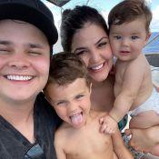 Sertanejo Matheus Aleixo combina look de praia com filhos em viagem por Aruba