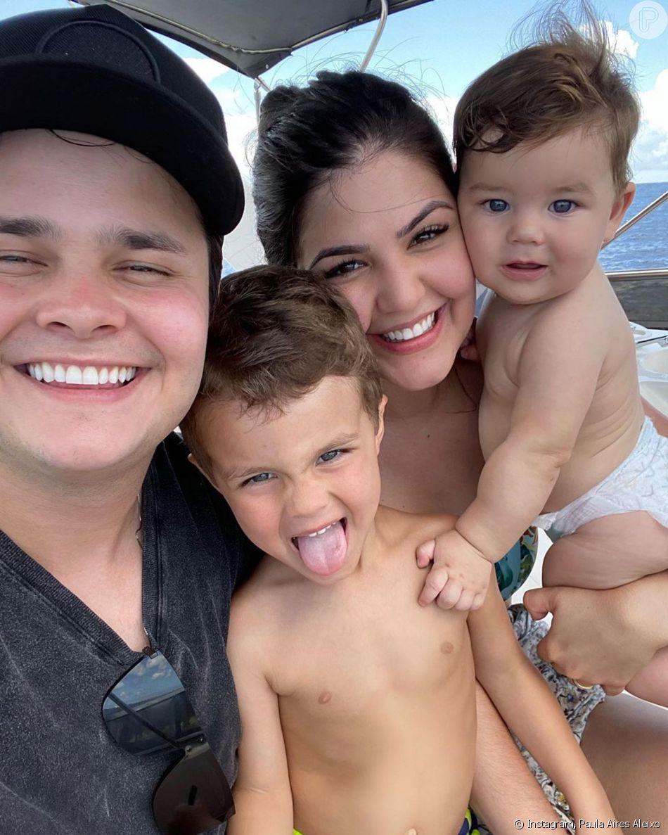 Sertanejo Matheus Aleixo combinou look com filhos em dia de praia: 'Todo mundo igual para curtir Aruba!'