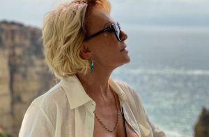 É trend! Ana Maria Braga aposta em moda praia neon para passeio em Portugal