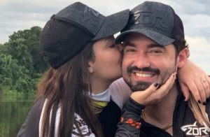 Maiara e Fernando agitam a web com foto intimista: 'Largados e pelados'