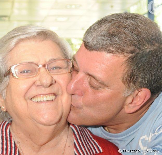 Mãe de Jorge Fernando, dona Hilda Rebello emocionou fãs ao gravar vídeo agradecendo apoio recebido após a morte do filho: 'Agradeço a Deus por ter vocês como amigos'