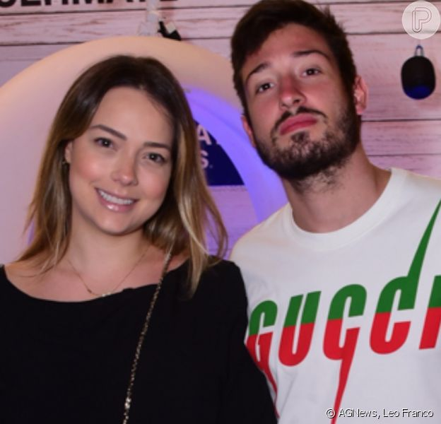 Carol Dantas e marido, Vinicius Martinez, se divertem em festa após nascimento do filho nesta segunda-feira, dia 02 de dezembro de 2019