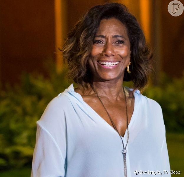Gloria Maria corrige Cid Moreira após ser chamada de 'velha amiga'. Veja vídeo postado pelo jornalista nesta terça-feira, dia 03 de dezembro de 2019